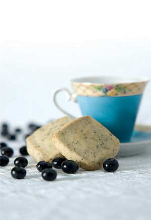 Blueberry Biscottea Shortbread