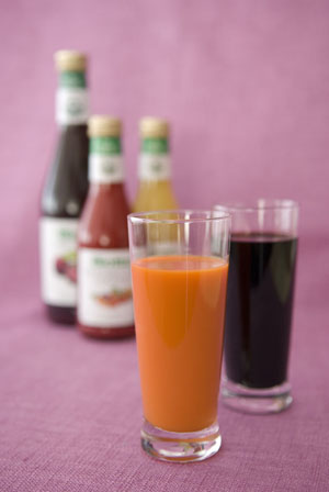 Carrot & Elderberry Juice